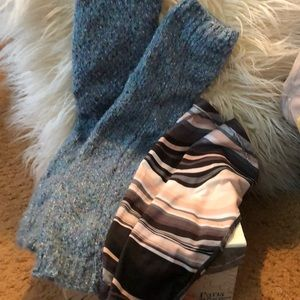 Free People speckled blue leg warmers+ gift 🎁